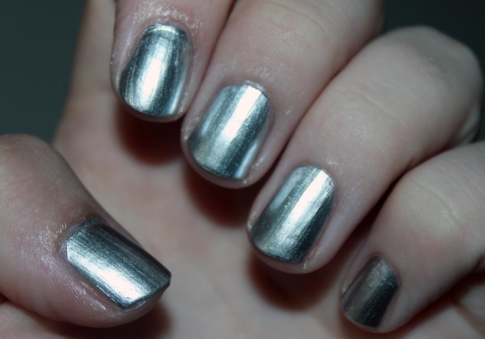 Pics for mirror metallic nail polish essie for Mirror nail polish