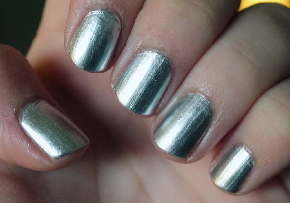 Essie No Place Like Chrome (Mirror Metallics) Swatch