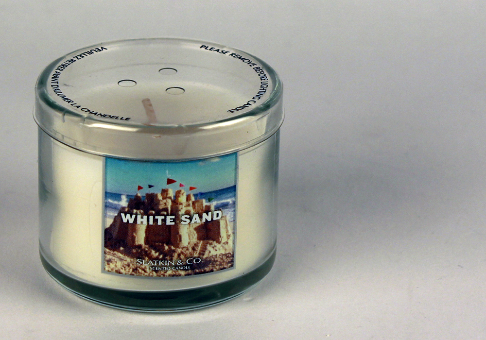 Fragrance friday bath and body works white sand candle for Aroma candle and scent company