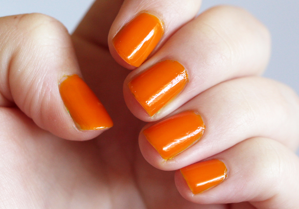 Flower Beauty Eye Of The Tiger Lily Nail'd It Nail Lacquer Swatch (2)