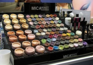 Mica Beauty Cosmetics- I have a gel liner from a glam bag!