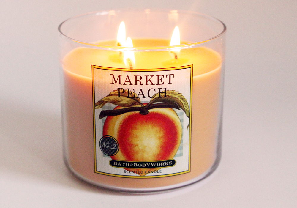 Bath & Body Works Slatkin & Co Market Peach Candle Review