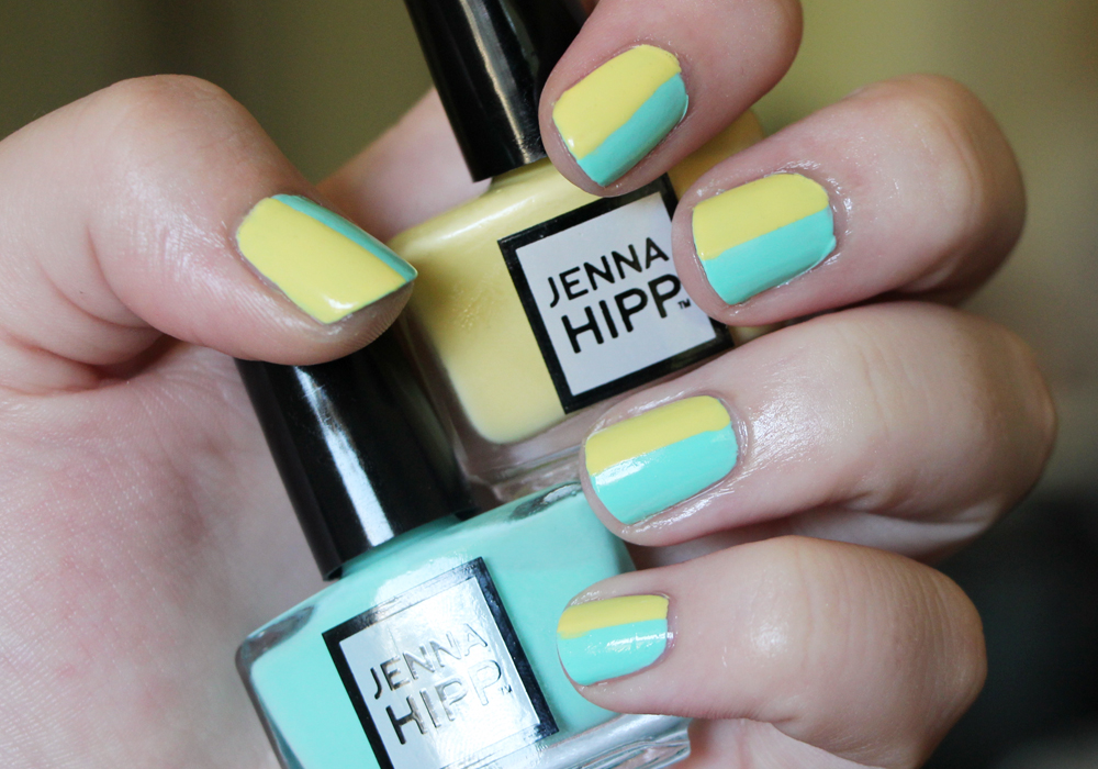 Jenna Hipp What's Hot Now Mini Nail Collection Costco Freshmaker Tweet Me Swatch Review (3)