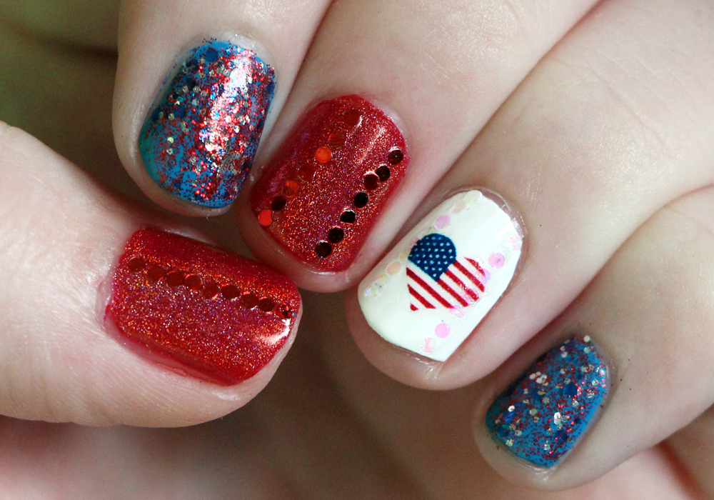 4th of July Nail Art- AndreasChoice Circus Reverso, OPI Big Apple Red, Julep Annie America, Jade Holografico,Glitter, Water Decal