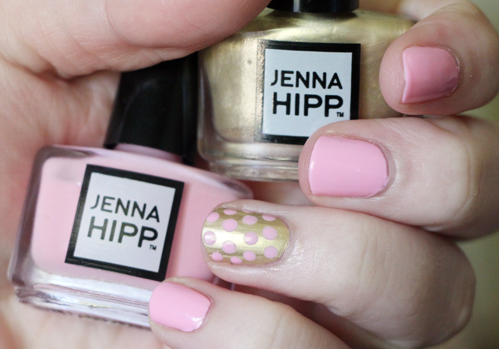 Jenna Hipp What's Hot Now Mini Nail Collection Costco Damage Control & Awards Season Swatch Review