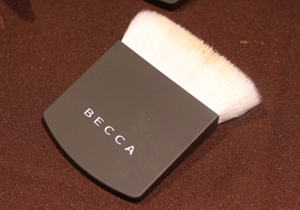 iFabbo Social Media Conference 2013 Becca Cosmetics One Perfecting Brush