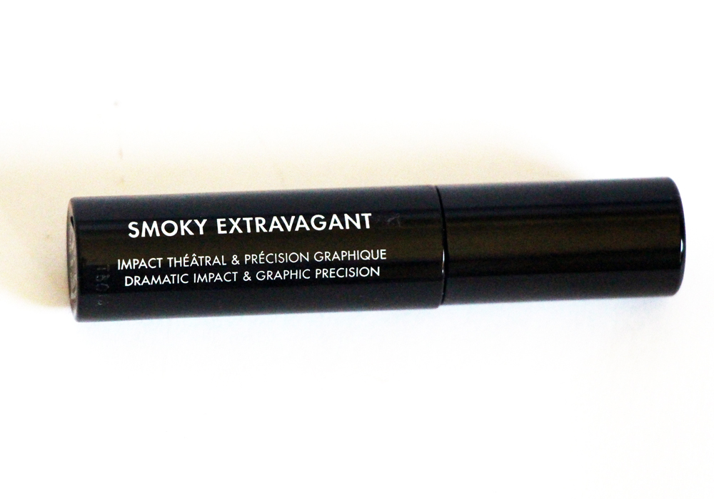 Make Up For Ever Smoky Extravagant Mascara Review