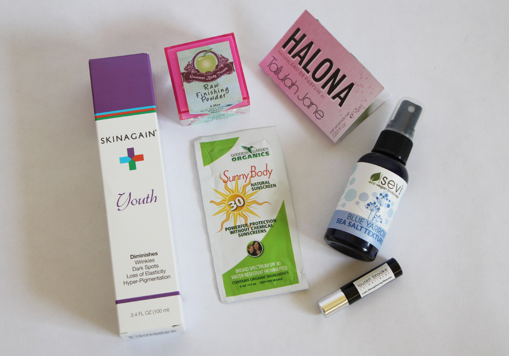 Vegan Cuts May Beauty Box Review Lauren Brooke Cosmetiques Mascara Gourmet Body Treats Powder Tallulah Jane Perfume Skinagain Moisturizer Sevi Sea Salt Spray Goddess Garden Organics Sunscreen