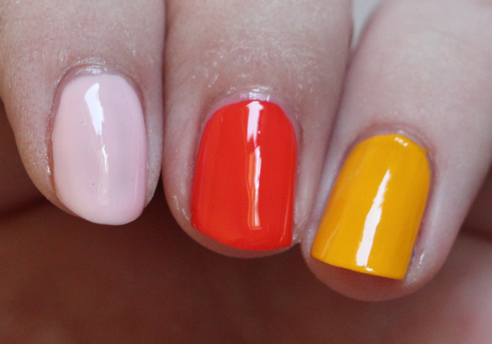 Dazzle Dry Nail Polish in Strawberry Macaron, Tutti Frutti Smoothie, I'm Beachy Review Swatch (2)