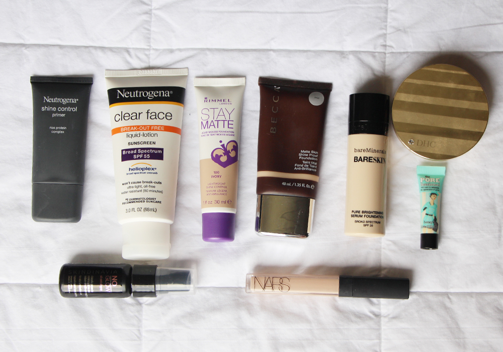What's In My Travel Makeup Bag Face- Neutrogena Shine Control Sunscreen Primer, Rimmel Stay Matte Foundation, BECCA, bareMinerals BareSkin, NARS Radiant Creamy, DHC BB Powder, Skindinavia, Benefit