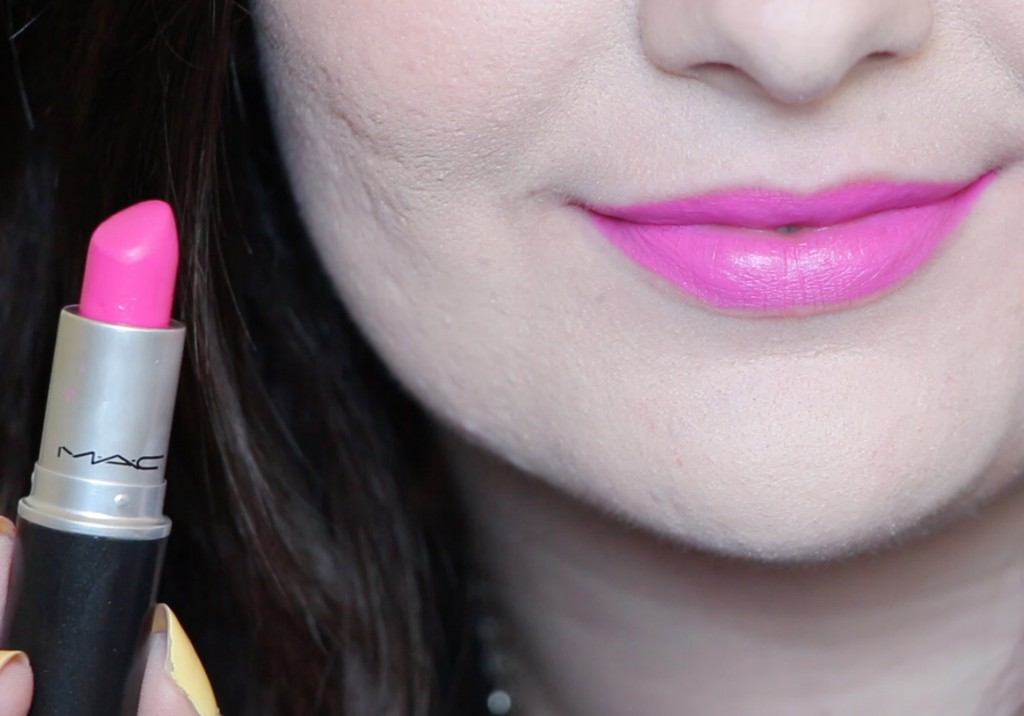MAC Candy Yum Yum Lipstick Swatch Review
