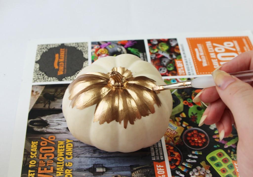 DIY Gilded Gold Glitter White Mini Pumpkins Halloween Thanksgiving Gold Painted Pumpkin