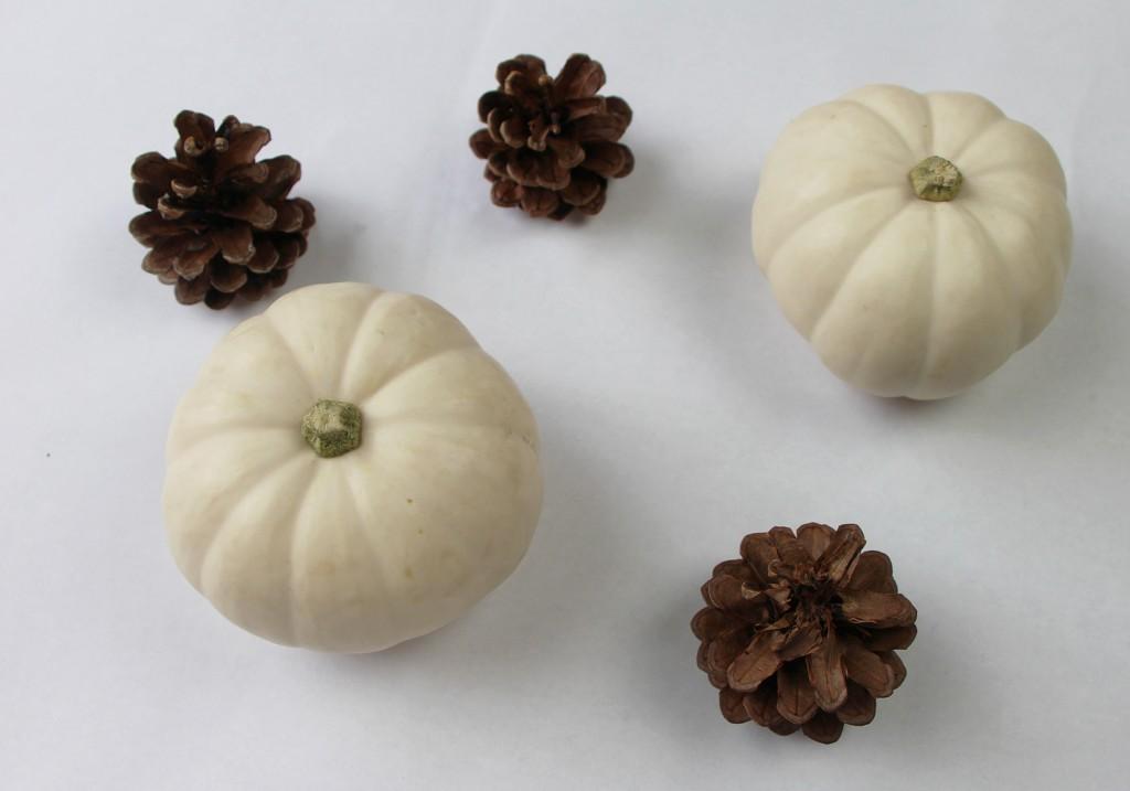 DIY Gilded Gold Glitter White Mini Pumpkins Halloween Thanksgiving Materials