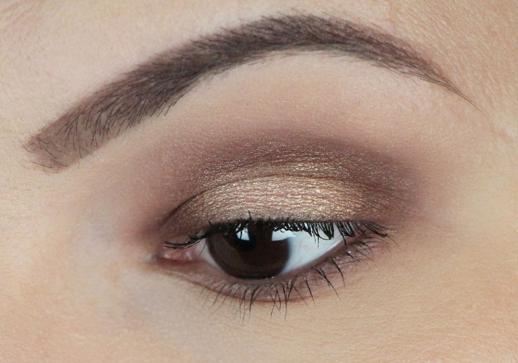 Valentine's Day Makeup Tutorial Too Faced Chocolate Bon Bons Palette Review Video 2