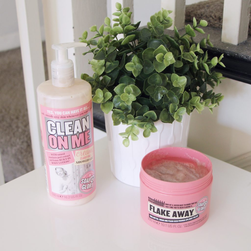 Soap & Glory Clean On Me Body Wash and Flake Away Body Scrub Review
