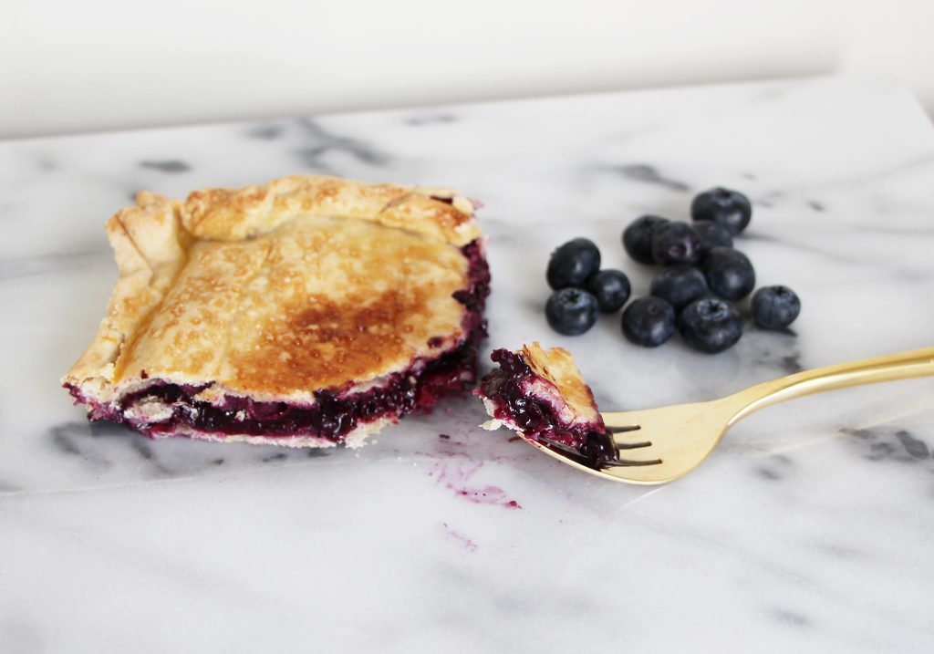 blueberry-slab-pie-recipe-food-blogger-martha-stewart-food-52-buzzfeed-tasty-inspired